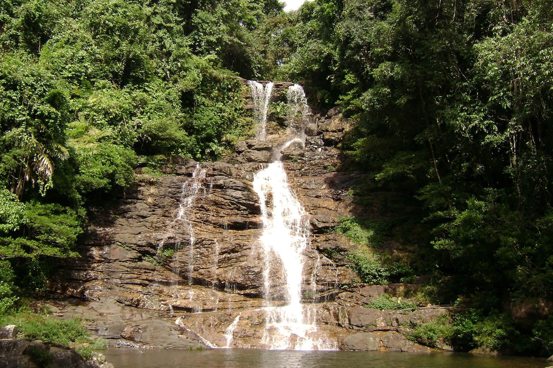 Waterfall near Mawlynnong
