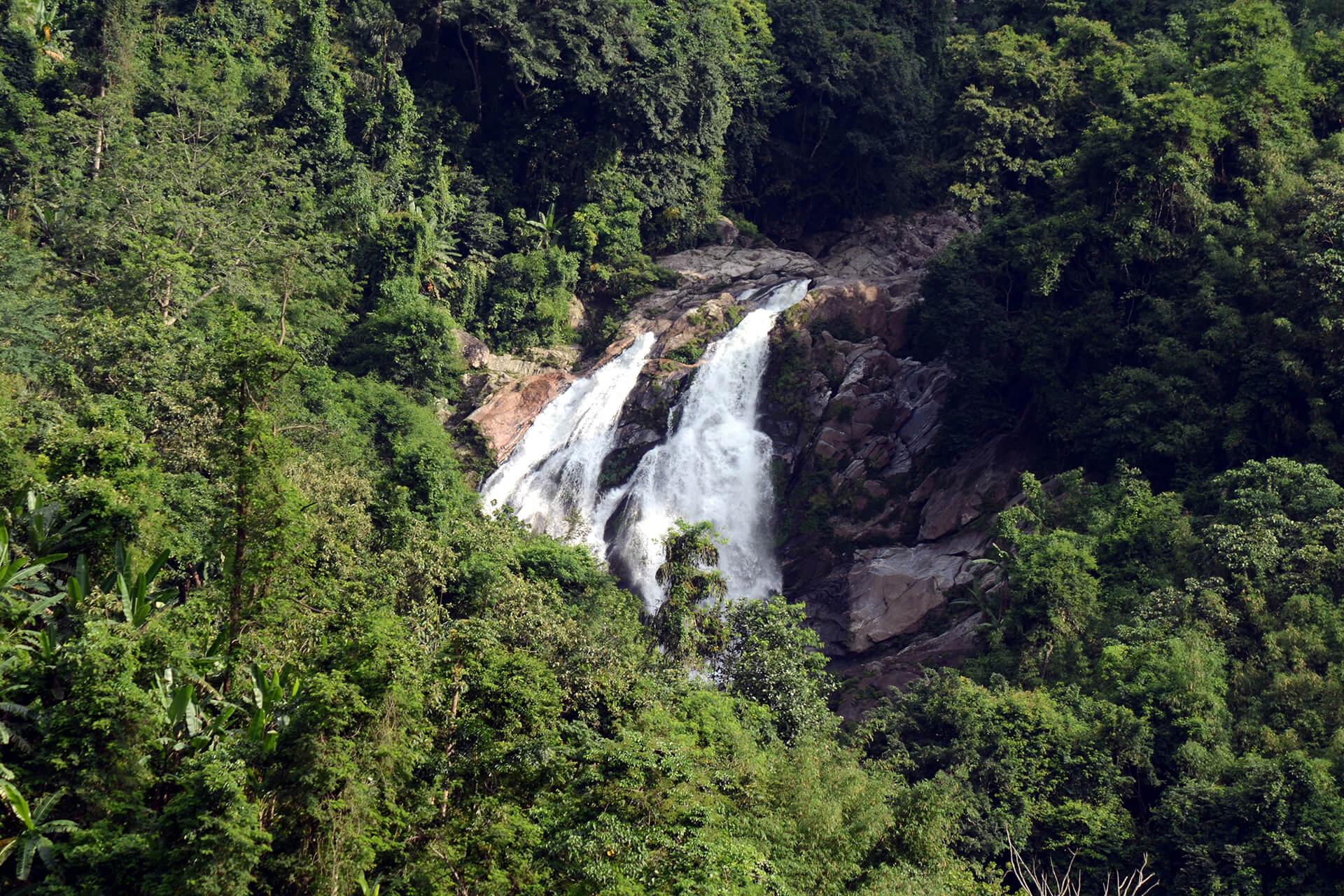 Rongbangdare Waterfalls